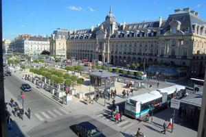 rennes-place-de-la-republique-dsc-4521-wikipedia