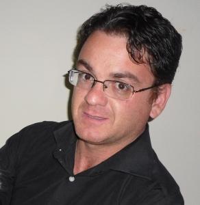M. Luiz Carlos MACHADO